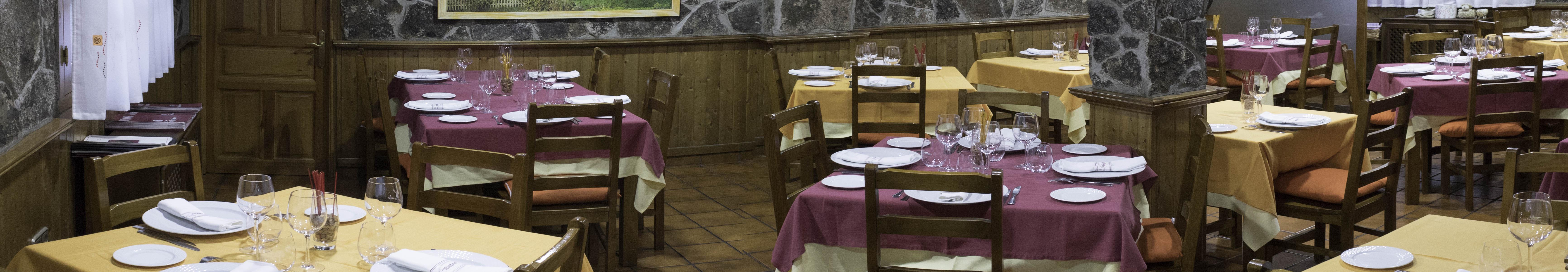 Restaurante-04_12_17_19-Pano-1